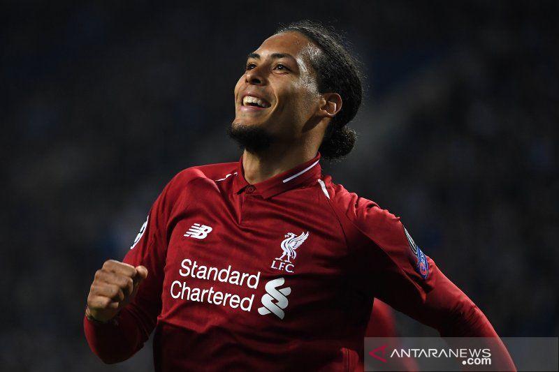 Bek Liverpool Virgil van Dijk raih gelar Pemain Terbaik Eropa