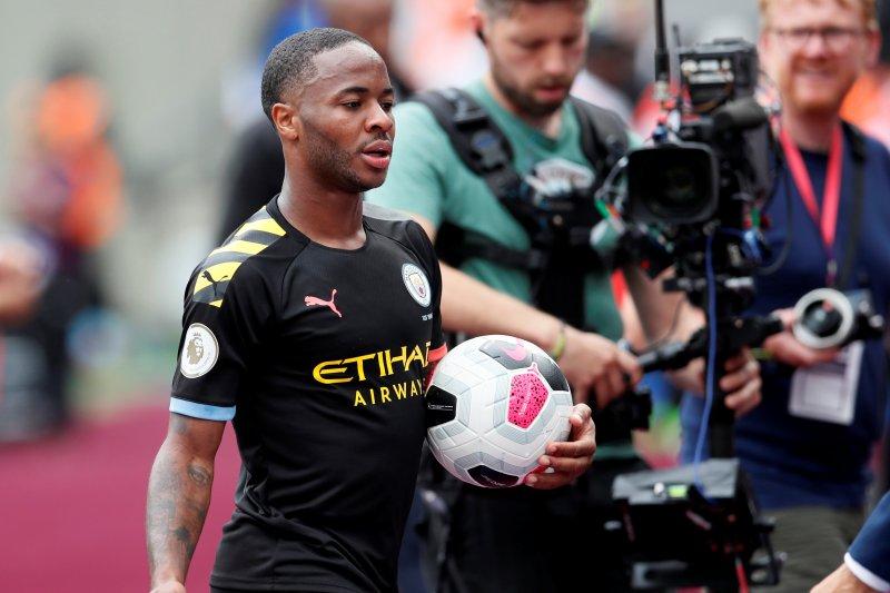 Sterling dapat dukungan Guardiola jadi penyerang tengah
