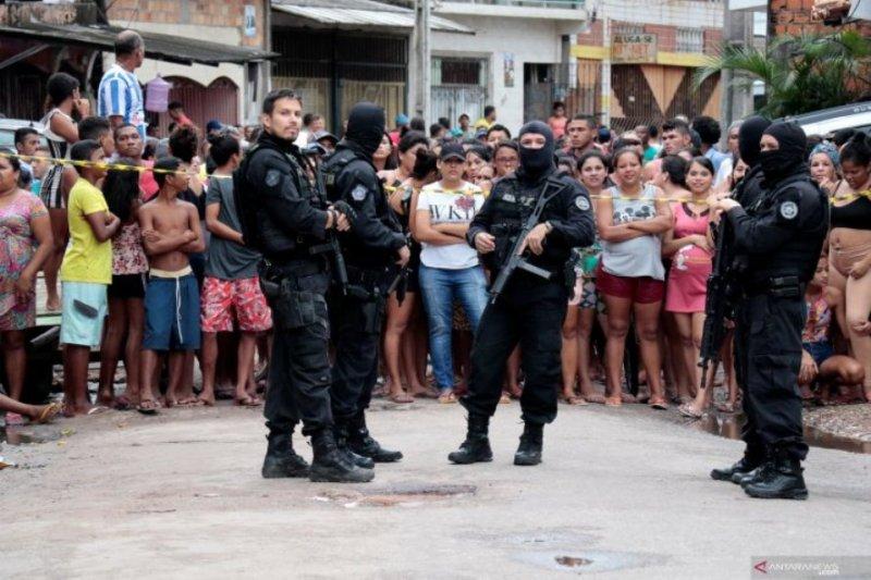 Kelompok bersenjata bunuh lima orang di kelab Brazil Selatan