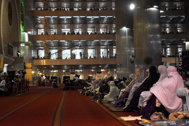 600 disabilitas mengikuti salat Idul Adha di Masjid Istiqlal