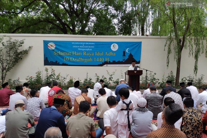 Untuk pertama kali KBRI Beijing gelar shalat Idul Adha