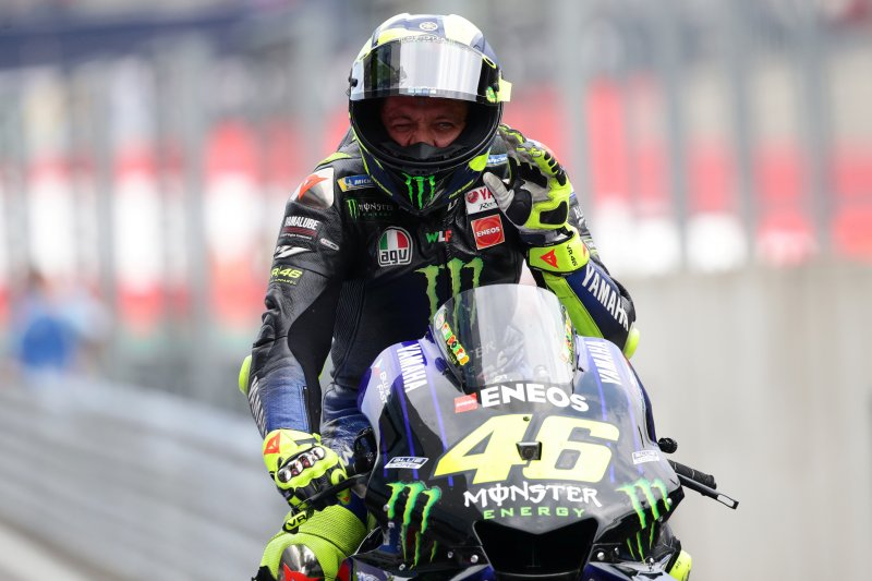 Alasan pemilihan ban Rossi tak mampu kejar Quartararo di GP Austria