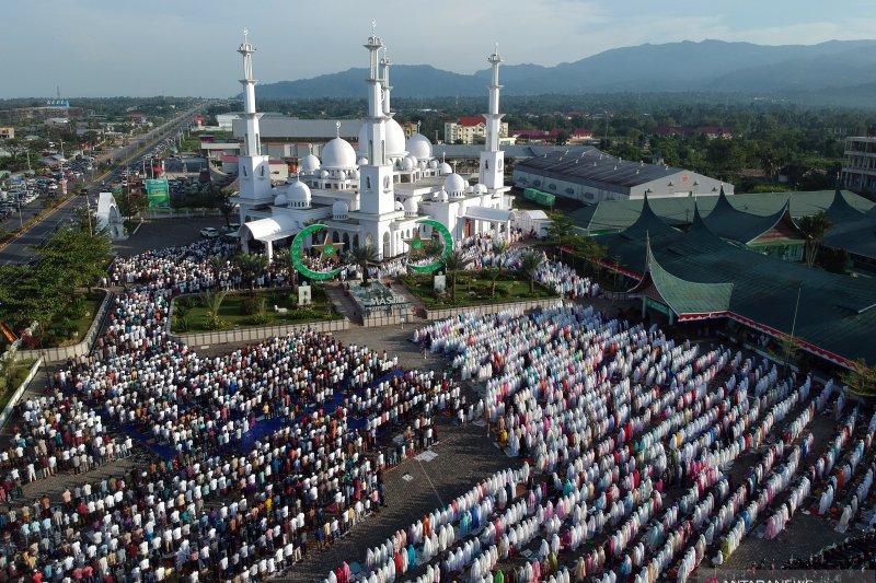 Salat Idul Adha di berbagai daerah