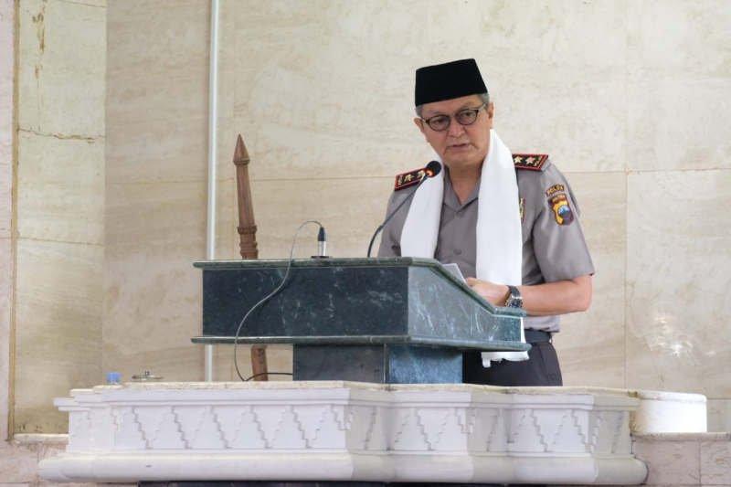 Kapolda jadi khatib Shalat Idul Adha di Masjid Agung