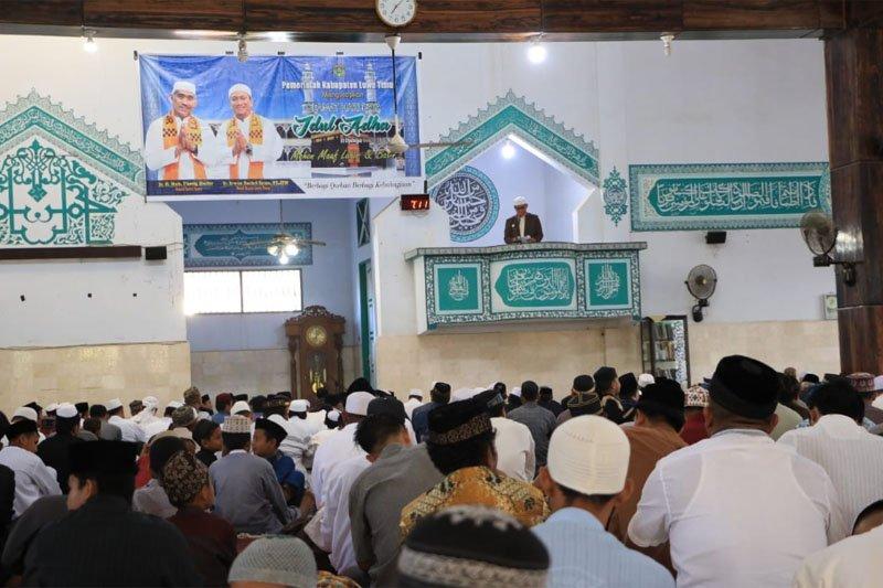 Bupati Lutim : Ibadah haji dan kurban ajarkan umat Islam tolak egoisme