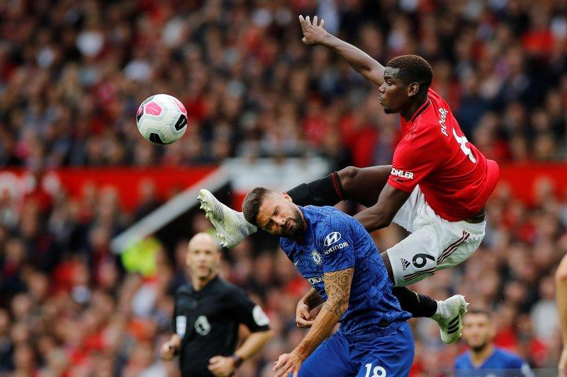 Manchester United lumat Chelsea 4-0