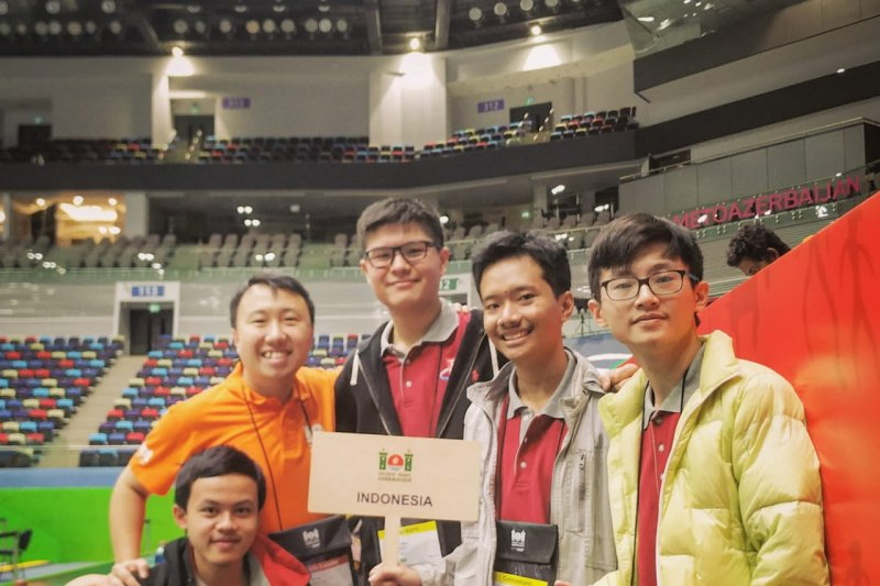 Tim Olimpiade Komputer Indonesia raih emas di Baku