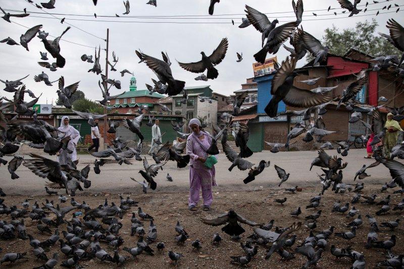 Ribuan orang berunjuk rasa di Inggris  terkait Kashmir