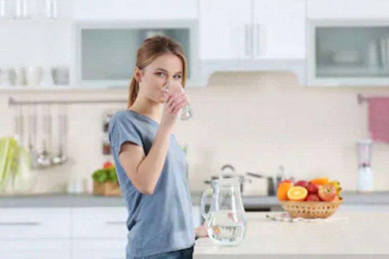 Cara atasi dehidrasi menurut ahli nutrisi selebritas Hollywood