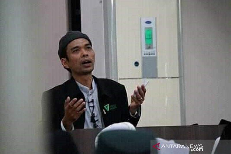 Ustaz Abdul Somad memenuhi  panggilan MUI
