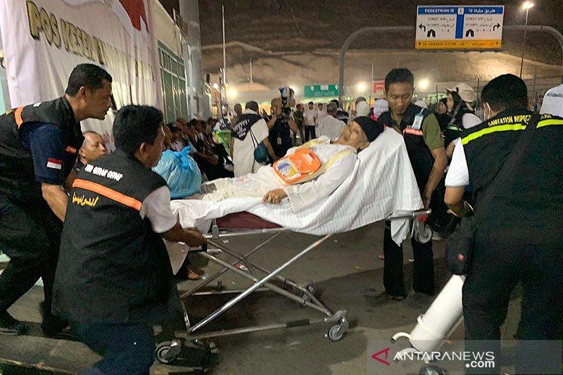 Jamaah Indonesia sakit karena dehidrasi dan kelelahan