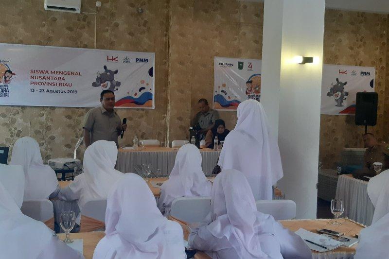 Peserta SMN Riau antusias kenali tiga BUMN
