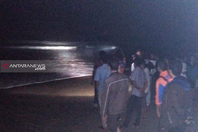 Pekerja PLN asal Palembang hilang terseret arus laut di Aceh Selatan
