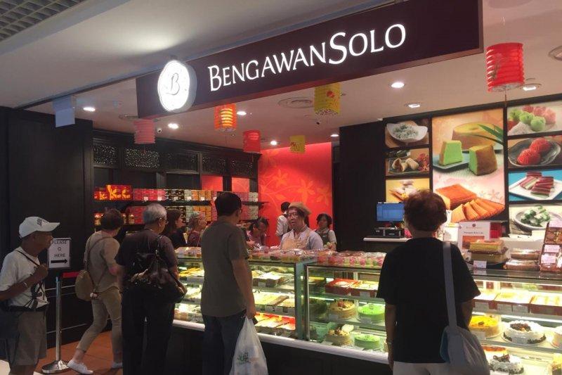 Bengawan Solo dan Lapis Ubi Pasar Bambaru