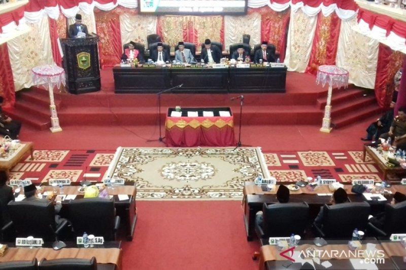 Lima tahun, DPRD Kabupaten Solok selesaikan 45 perda