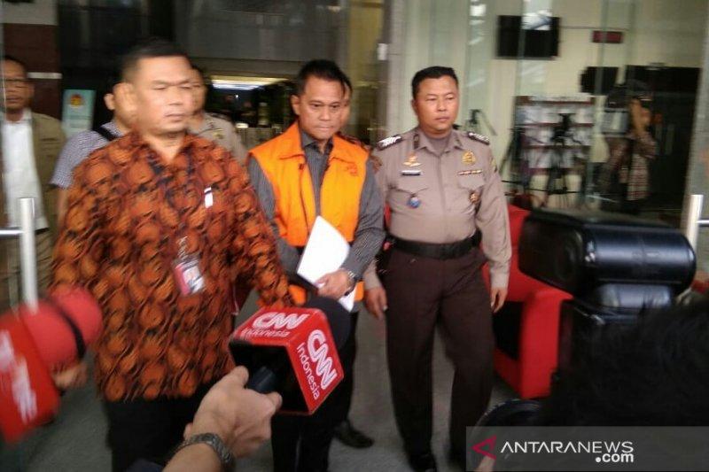KPK panggil penyanyi Iis Sugianto terkait kasus TPPU