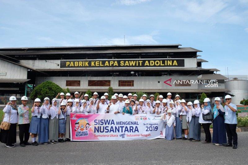 Peserta SMN 2019 kunjungai PT Perkebunan Nusantara IV Kebun Adolina
