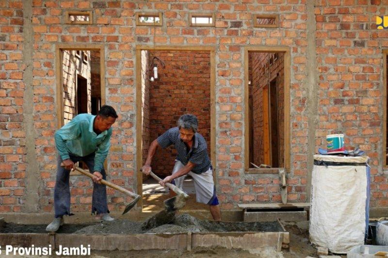 Program bedah rumah PUPR  serap 231.186 tenaga kerja