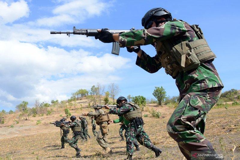 Latihan menembak Marinir TNI AL dan Marinir AS (USMC)