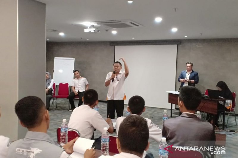 GM Pelindo Palembang lepas 23  peserta SMN ke Palangka Raya