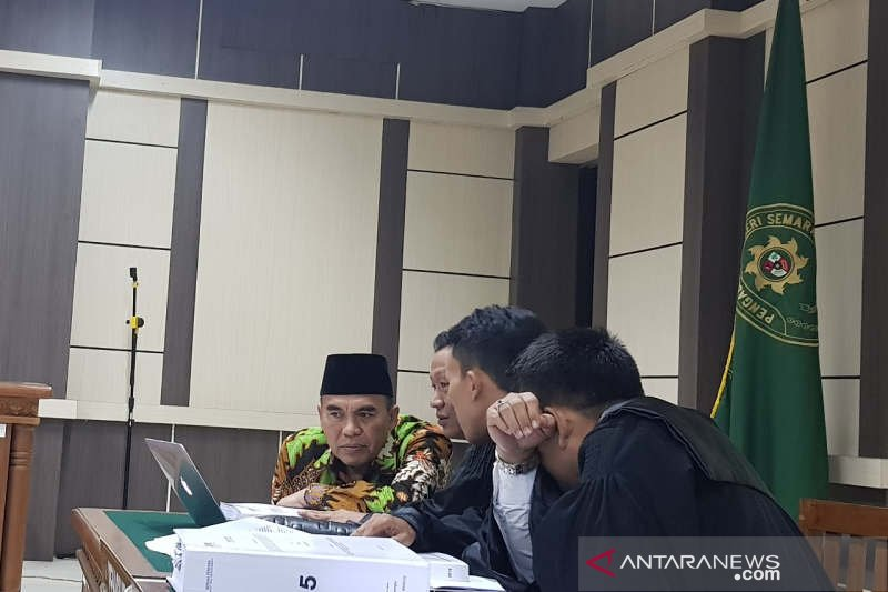 Jaksa tuntut hak politik Bupati Jepara dicabut