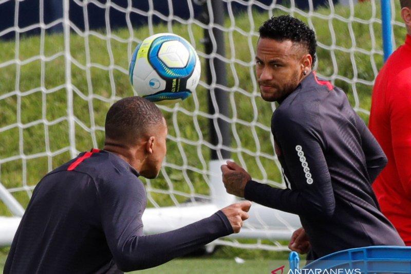Barcelona optimistis Neymar pulang  Camp Nou