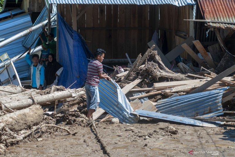 Korban banjir bandang Kulawi butuh bantuan