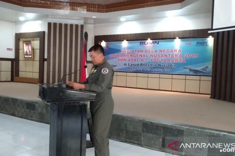 Di Pekanbaru, TNI AU latih bela negara peserta SMN 2019