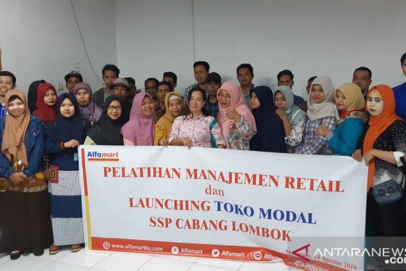 Alfamart membantu UMKM Lombok permodalan dan pelatihan IT