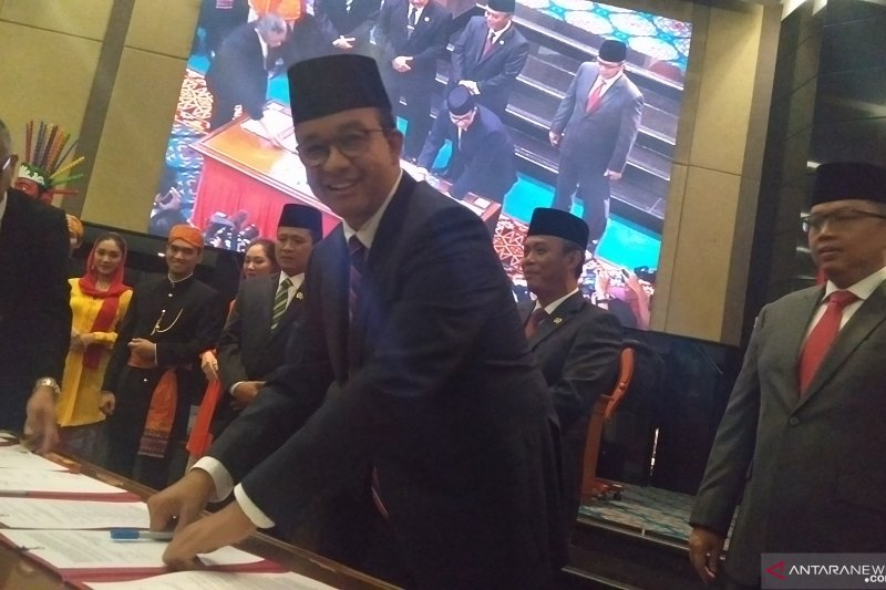 Gubernur dan DPRD DKI tandatangani nota kesepahaman KUPA-PPAS