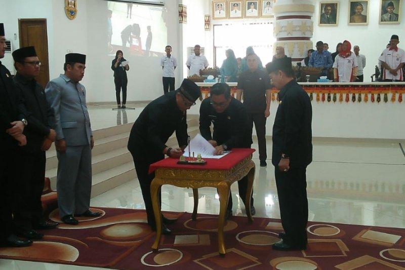 DPRD setujui tiga Raperda APBD Perubahan