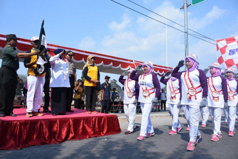 Kecamatan Kalasan menggelar lomba baris dan pameran UMKM peringati HUT RI