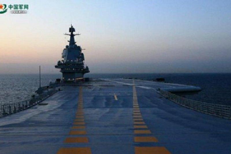 Kapal induk terbaru China tampung lebih banyak jet tempur