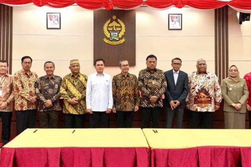 Gubernur Sulawesi Utara teken nota kesepahaman peningkatan PBBKB