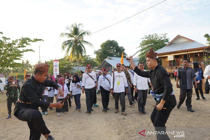 Peserta SMN Jatim belajar tarian Gorontalo