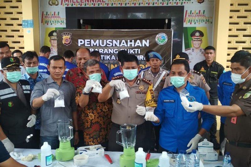 1,1 ton ganja dimusnahkan di Aceh