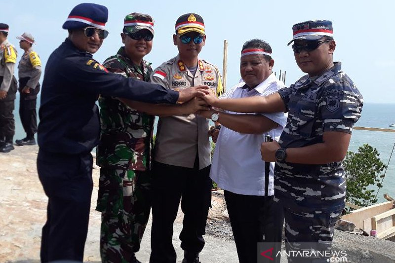 Jangan anggap pembentangan bendera di Takong Hiu seremonial belaka
