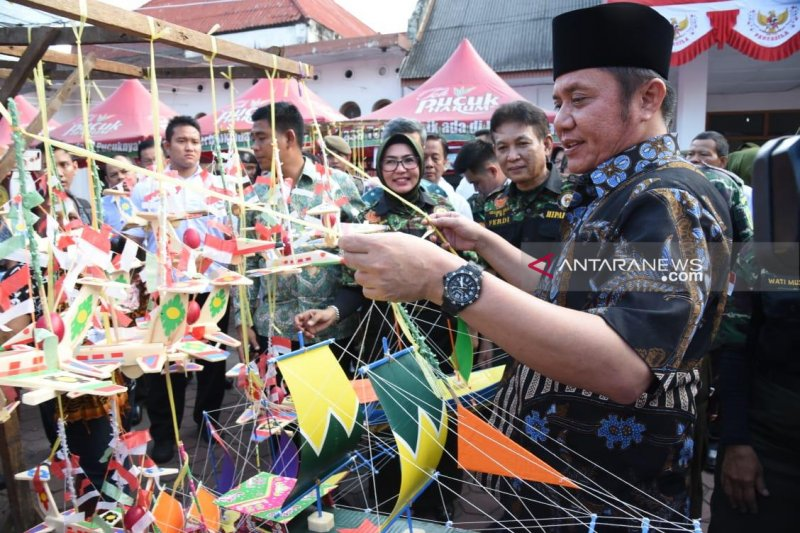 Gubernur: Telok Abang khas perayaan Agustus