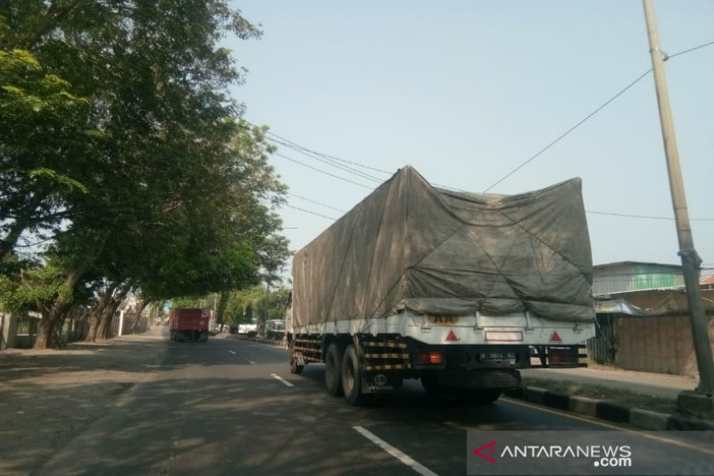 Bupati Batang wacanakan kendaraan berat lewat tol
