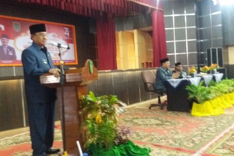 Bupati sematkan anugerah Satyalancana Karya satya bagi PNS Pemkab Inhil