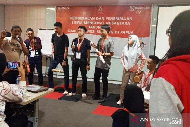 Peserta SMN Sulsel diperkenalkan tentang budaya Papua