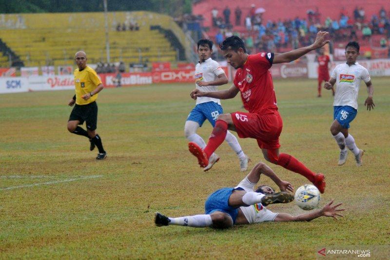 Pacah talua! Semen Padang bekuk PSIS 1-0