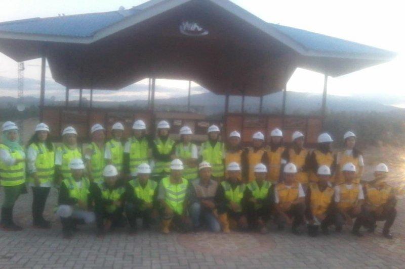 Peserta Siswa Mengenal Nusantara antusias tinjau lokasi Bendungan Kuwil