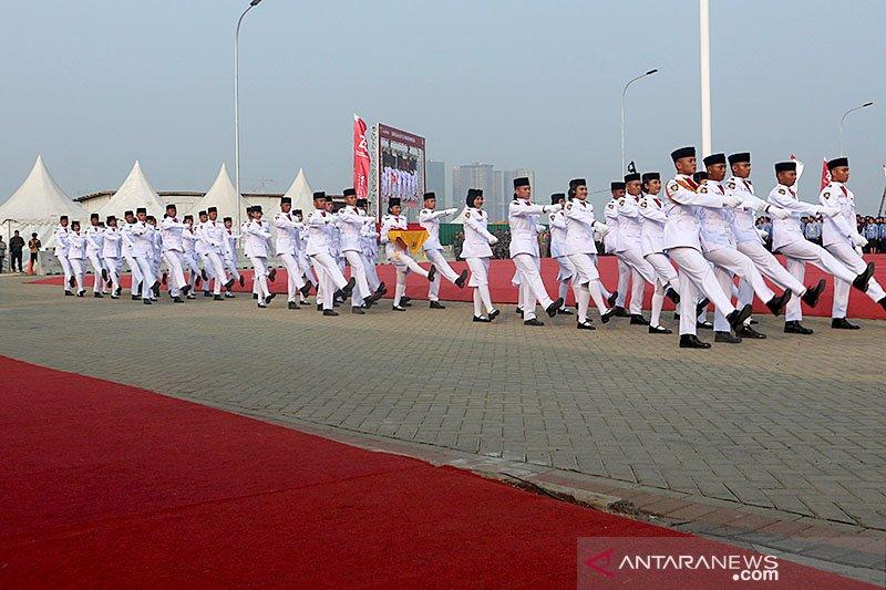 Jakarta Kemarin, upacara warga pesisir hingga Anies tarik tambang