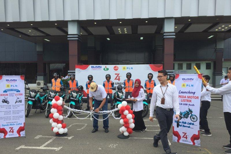Dukung program ramah lingkungan, PLN Aceh luncurkan 26 motor listrik
