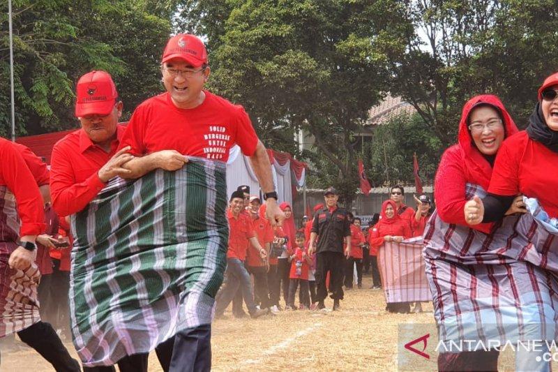PDIP selenggarakan lomba kerakyatan usai upacara peringatan HUT RI