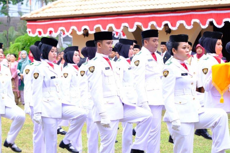 Pekerja migran menjadi paskibra di Johor Bahru