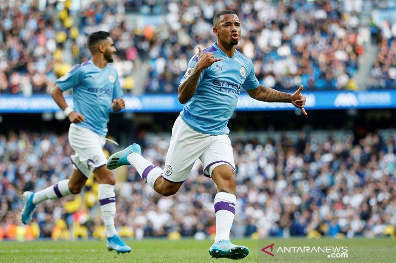 Manchester City dan Tottenham Hotspur bermain imbang 2-2
