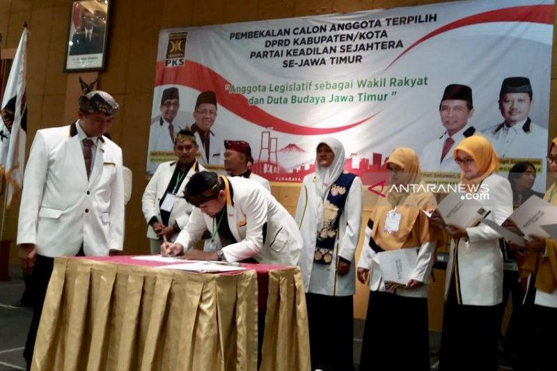 Presiden PKS: Kader korupsi harus pilih mundur atau dimundurkan