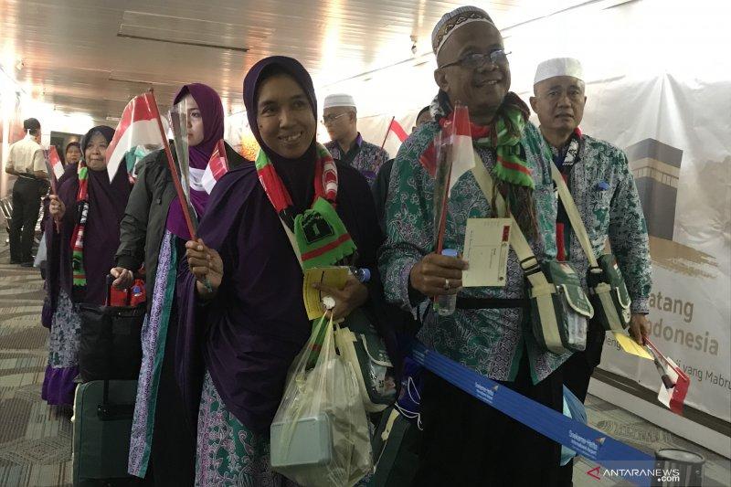 Kloter pertama jamaah haji Indonesia tiba di Tanah Air